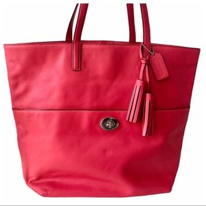 Coach Legacy Leather Turnlock E1393-26461 Tote